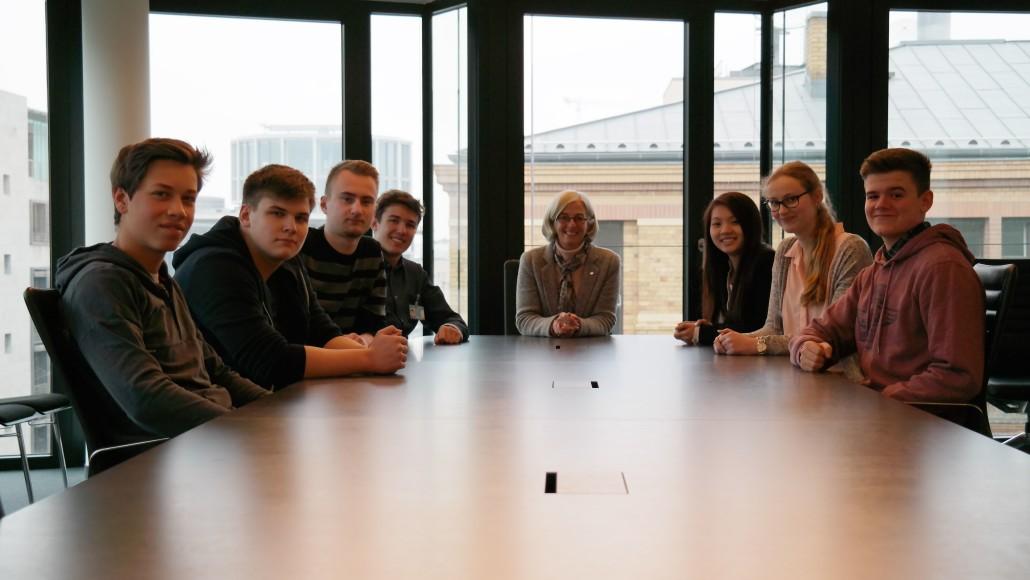 reinschnuppern in berlin politisches praktikum der l becker ernestinenschule alexandra dinges. Black Bedroom Furniture Sets. Home Design Ideas